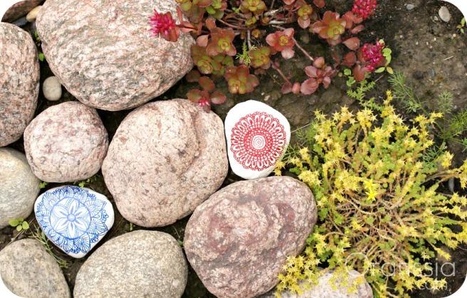DIY kivien maalaaminen mandala