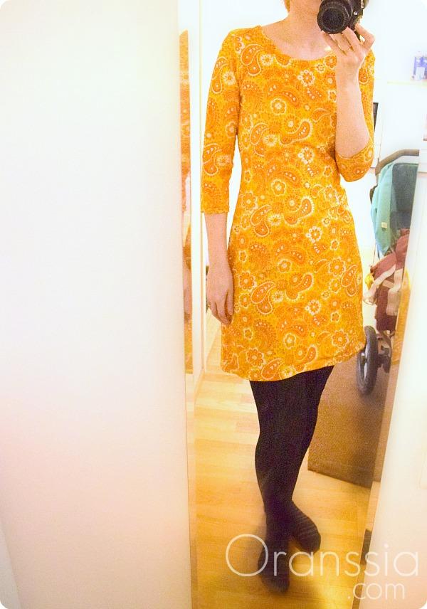 Keltainenmekko1
